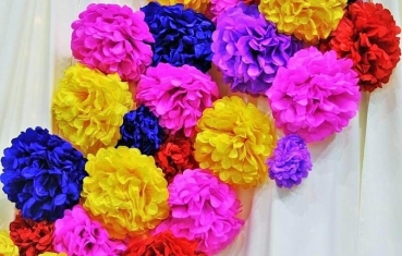 Wedding themes - Pom pom ideas