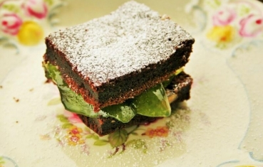 Brownie with mint jelly