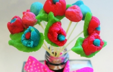 Plasticine crafts - Flower