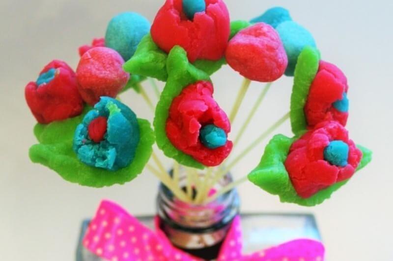 Plasticine crafts - Flower