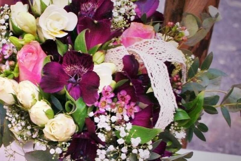 Wedding themes - Purple-Violet