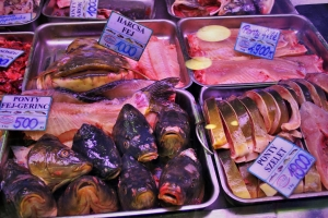 market,budapest,central,hall,fish,carp