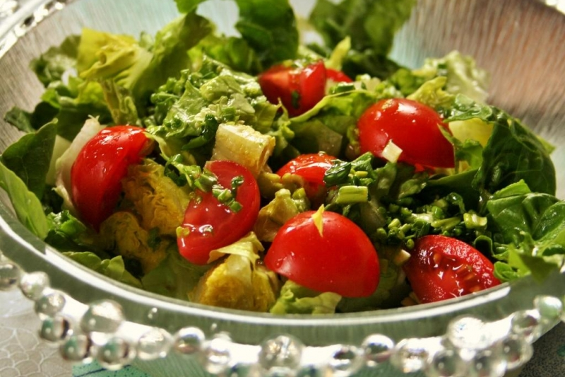 Romaine heart salad with ramsons dressing