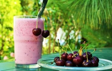 Sour cherry smoothie