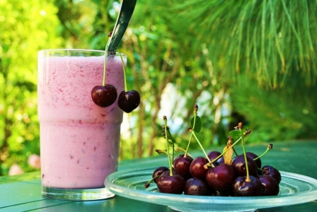 Sour cherry smoothie
