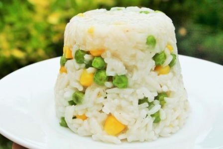 Rizibizi rice with corn and peas