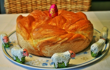 Easter braided sweet bread (husveti kalacs)