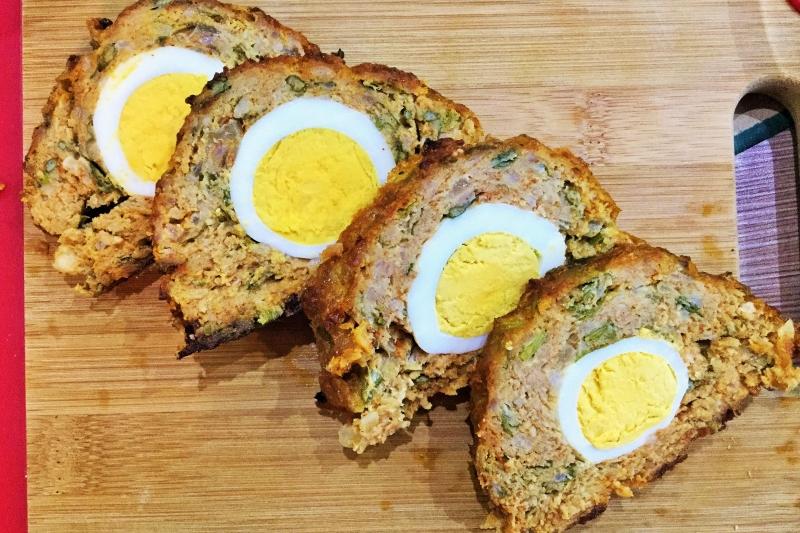 Meatloaf stuffed with egg (Stefania vagdalt)