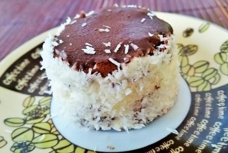 Chocolate coconut cake (kozak sapka)