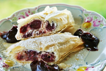 Sour cherry strudel with chocolate dip