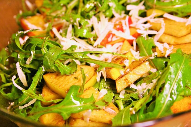 Aragula apple salad