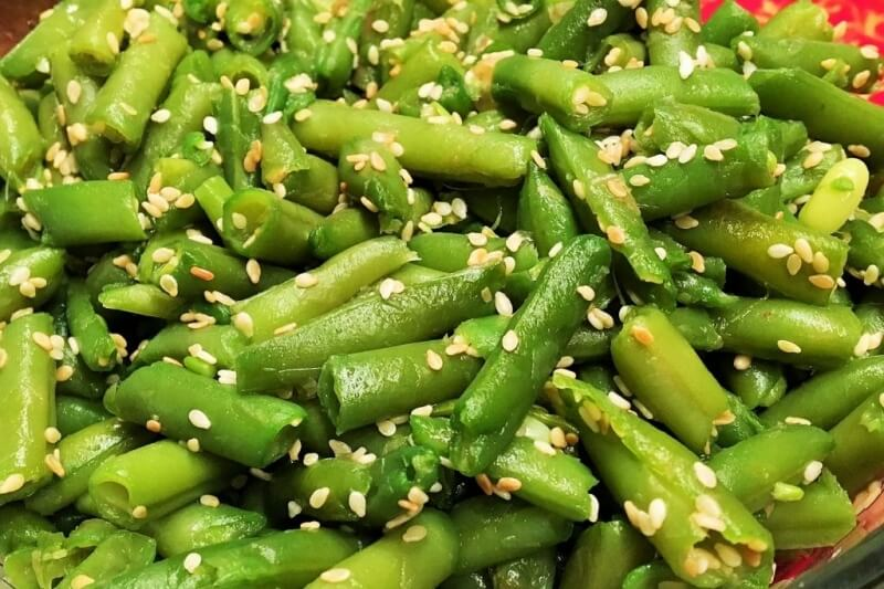 Sesame and soy glazed green beans