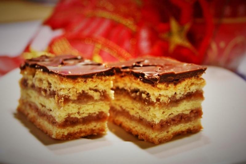 Gerbeaud slice (zserbó szelet)