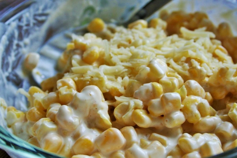 Corn salad with mayonnaise